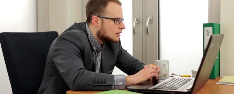 Как проверить статус прав по базе ГИБДД на сайте