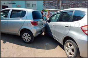 Врезались две машины